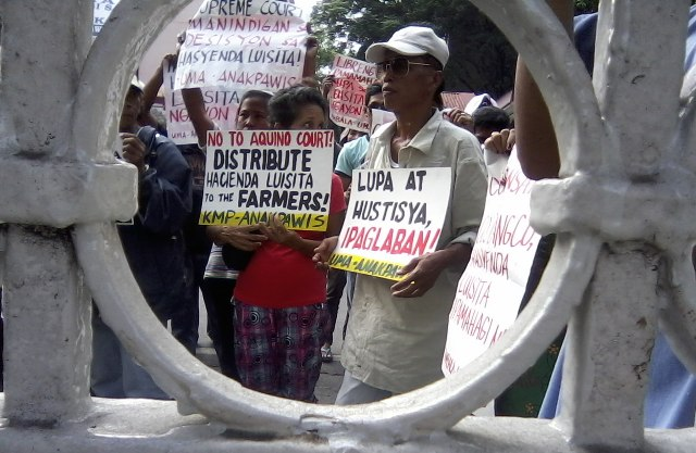 """people reaction of hacienda luisita This was to browbeat the court into modifying its decision on the hacienda luisita case and pay the clan p5 billion in compensation, instead of the """"measly"""" p200 million aquino's unspoken threat to the court was that if he could remove its head, he could also make life very difficult for the other members if they didn't cooperate."""