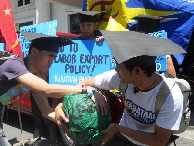 Kris Aquino responds to netizen asking her about Hacienda Luisita