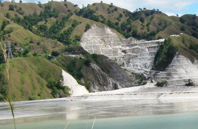 Philex tailings dam