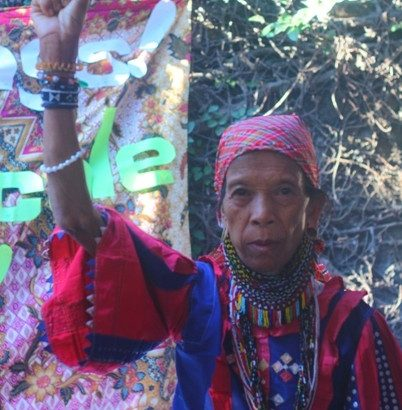 Woman tribal chieftain praised at int'l confab