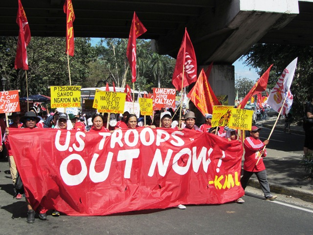 Aquino trampling on PH Constitution, endangering Filipinos – progressive groups