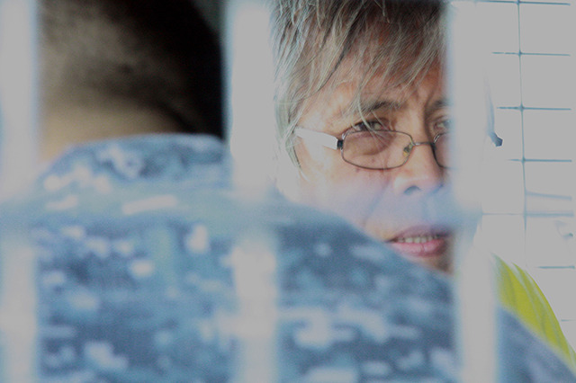 Political prisoner Alan Jazmines visits mother's wake