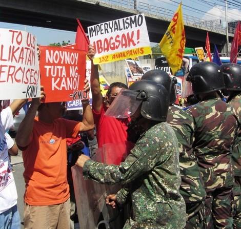 Caravan vs 2013 Balikatan military exercises ongoing