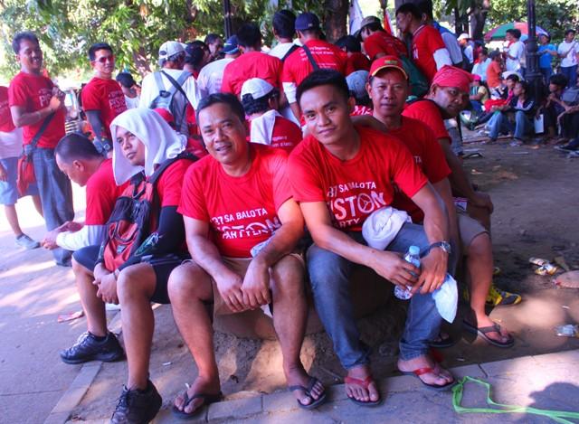 Workers of the Pambato Cargo Forwarders Company join the Labor Day rally. (Photo by Ronalyn V. Olea/ bulatlat.com)