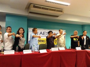 Leaders and conveners of election watchdogs show their assessment of how Comelec has handled poll automation
