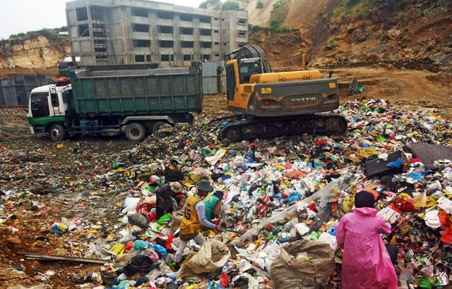 Baguio's garbage woe affects classes