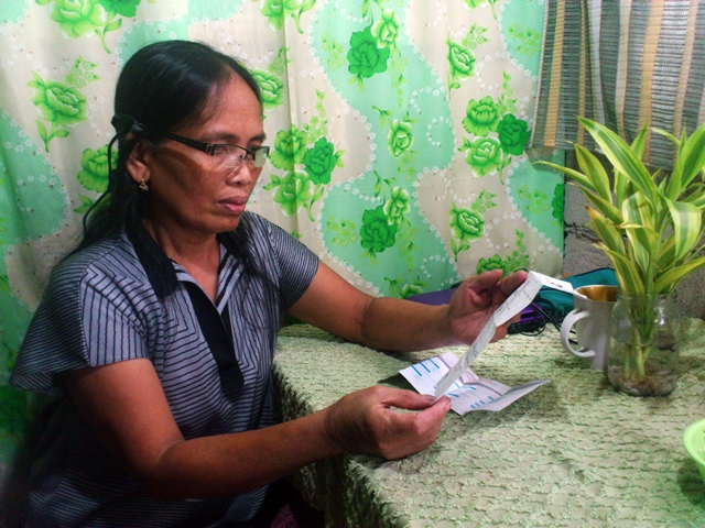 Nida says it is not true that urban poor families do not pay their taxes. (Photo by Janess Ann J. Ellao / Bulatlat.com
