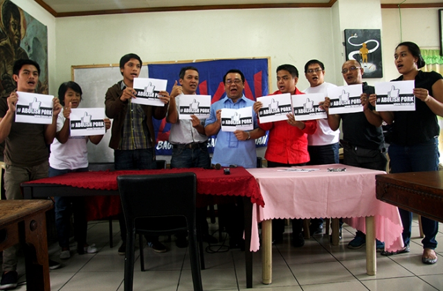 Leaders of  Bagong Alyansang Makabayan and Makabayan coalition call for the abolition of all pork barrel, including the President's pork in a press conference yesterday. (Photo by Raymund B. Villanueva/ Bulatlat.com)