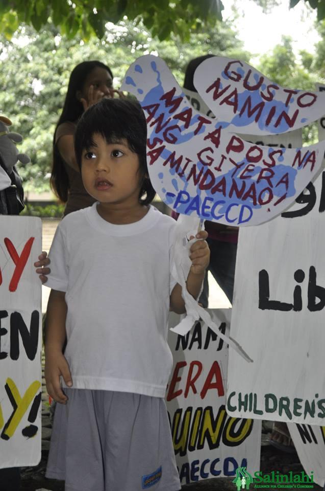 children_peaceinzambo_03