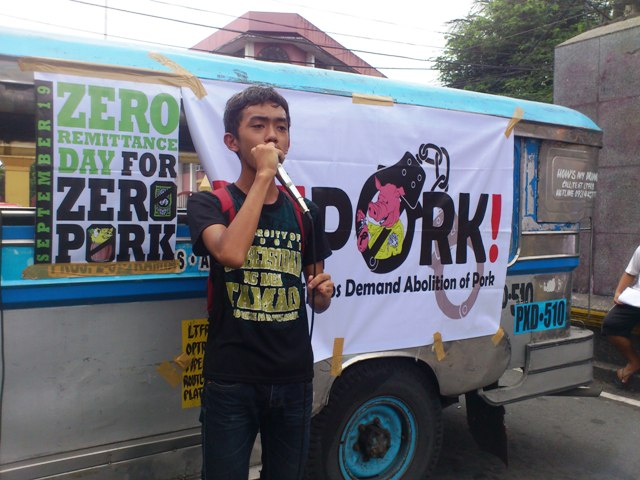 Ypil speaks at the protest action in Mendiola. (Photo by J. Ellao / Bulatlat.com)