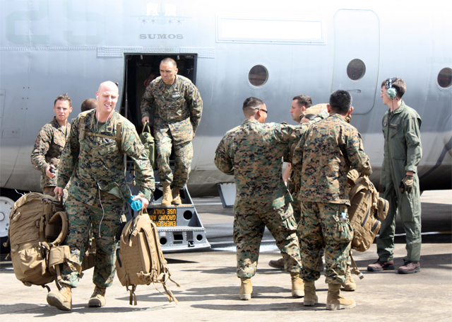 US soldiers bring warships, warplanes, take control and command - officially until Nov 26 - of 'Operation Damayan' in storm-ravaged central Philippines (Bulatlat File Photo by Pom Cahilog-Villanueva / bulatlat.com)