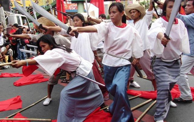 Progressive groups commemmorate Andres Bonifacio's life, ideals, enumerate Aquino's 'sins'