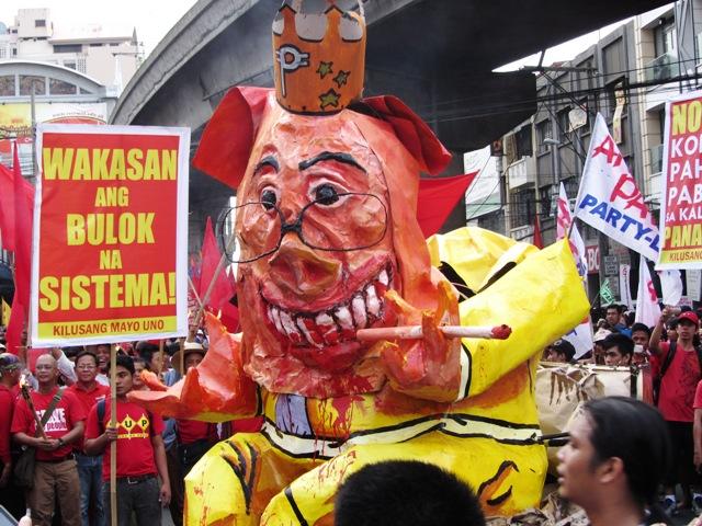 "Completed Noynoy effigy the Pork Barrel King,"" ready for burning at Mendiola, Nov 30, 2013"