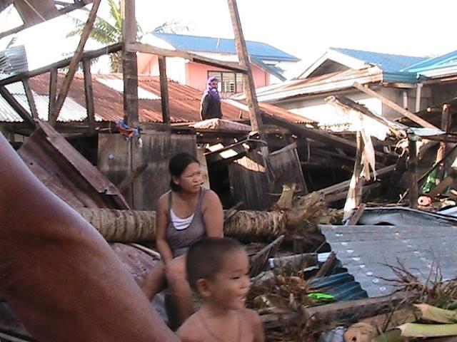 In Cebu (Photo courtesy of Citizen's Disaster Response Center / Bulatlat.com)