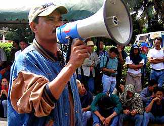 Soldier implicated in murder of Luisita labor leader absolved by court