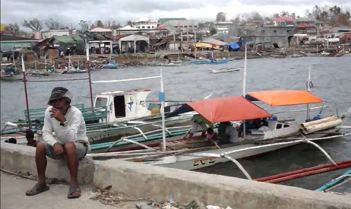 Yolanda affected fishers received 'epoxy' from government