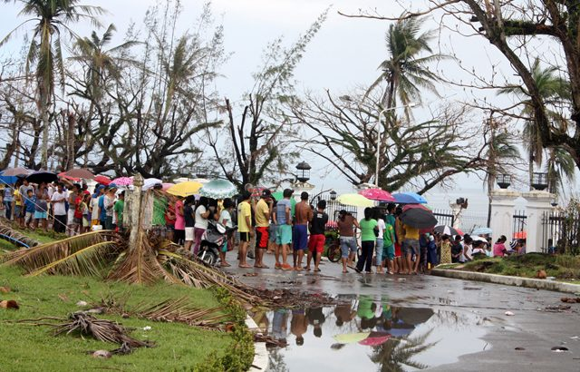 Yolanda survivors in endless wait for government relief