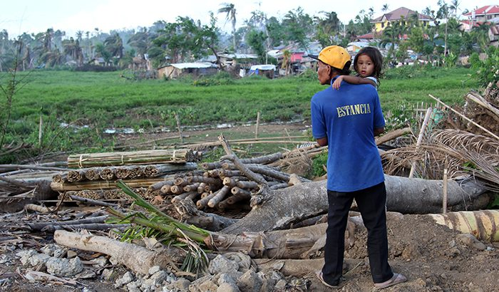 IBON Survey | Yolanda-affected residents in Eastern Visayas — LGU, relatives first came to our aid after typhoon Yolanda