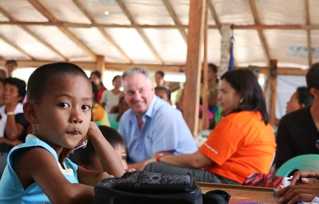 Visiting UK parliamentarian reports 'sad, frustrating' 100 days after Haiyan