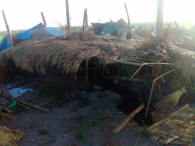 The hut of farmer Eddie Castro razed to the ground by security guards of Tarlac Development Corporation, Feb. 8, 2014. (Photo courtesy of Ambala)