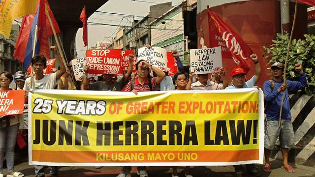 Workers marching toward Mendiola Bridge (Chino Roces) March 3