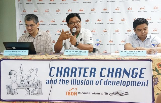 Makabayan bloc protests railroading of charter amendments