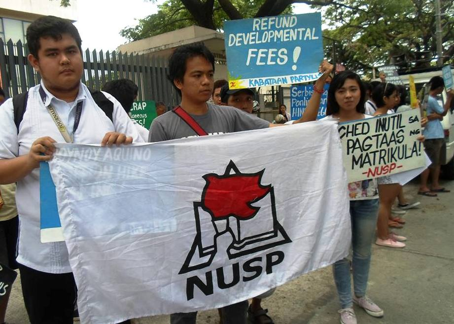 April 15, students from different schools led by NUSP storm the Ched office to reiterate their call to stop all tuition and other school fee increases. (Photo courtesy of NUSP/ Bulatlat.com)