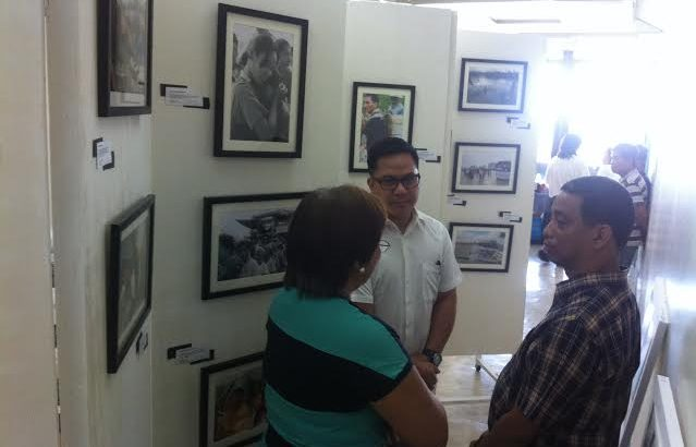 Health workers hold photo exhibit for Yolanda survivors