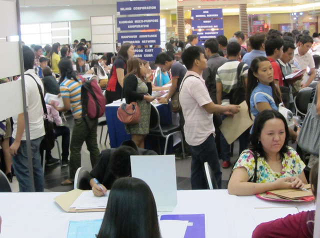 A scene from Labor Day 2014 Jobs Fair (Photo by M. Salamat / Bulatlat.com)