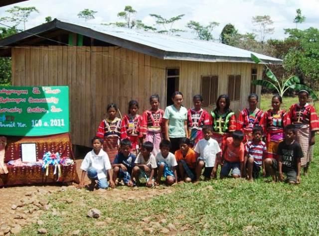 Bulatlat File Photo, school activity in a DepEd-recognized learning center being run by indigenous peoples' organization Salugpungan Ta Tanu Igkanugon, Talaingod, Davao del Norte, 2011.