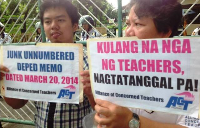 Teachers' group protests lay-off of contractual teachers amid shortage