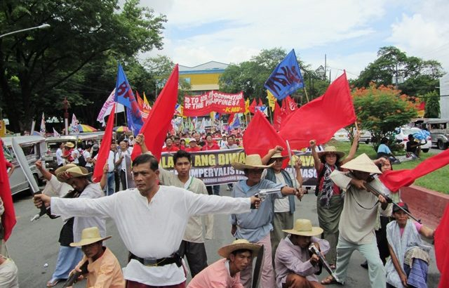 Progressive groups call for Aquino's ouster, cite 'betrayal of Philippine Independence'