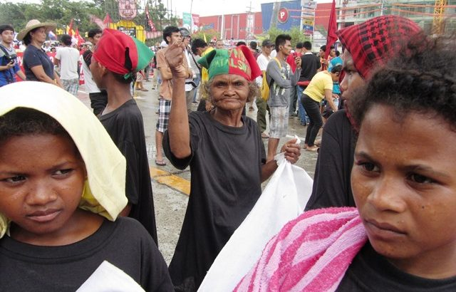 Indigenous peoples join call for Aquino ouster at the People's SONA