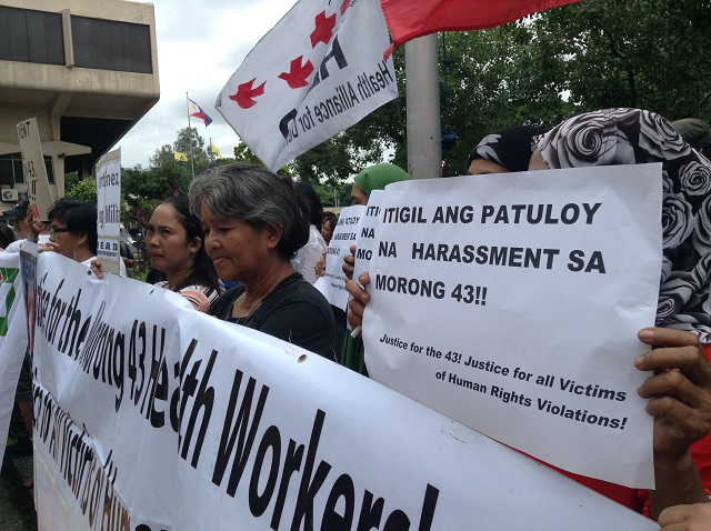 Supporters of Dr. Alex Montes and son said case is part of continuing harassment of members of Morong 43. (Photo by J. Ellao / Bulatlat.com)