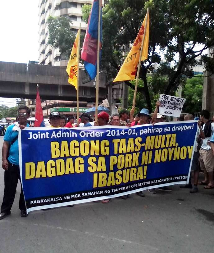 Members of No to JAO 2014-01 Alliance in a picket at Supreme Court (Screengrab from Kabisig Bus Transport FB post)