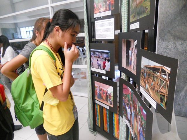 """The photo exhibit, entitled """"Bakas: Mga larawan ng saya, ligalig at pag-asa (Traces: images of joy, disquiet and hope)""""  highlights the dire situation of indigenous children in schools built by people's organizations assisted by non-government organizations. (Photo by A. Umil/ Bulatlat.com)"""