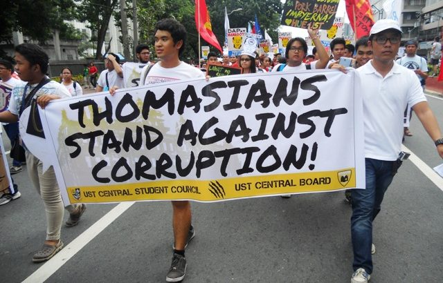 On National Heroes' Day| Students make a stand against pork barrel