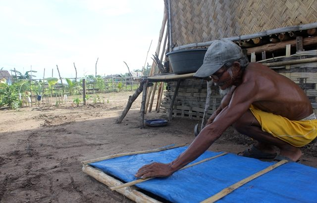 One year after Yolanda|Leytenos rebuild homes, communities through bayanihan