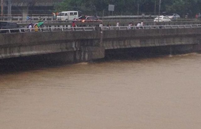 #MarioPH | Images from netizens: Metro Manila now a water world