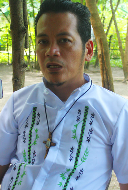 Alberto Ramento III vows to continue the legacy of his father, the late Supreme Bishop Alberto Ramento of the Iglesia Filipina Independiente. (Photo by Ronalyn V. Olea/ Bulatlat.com)