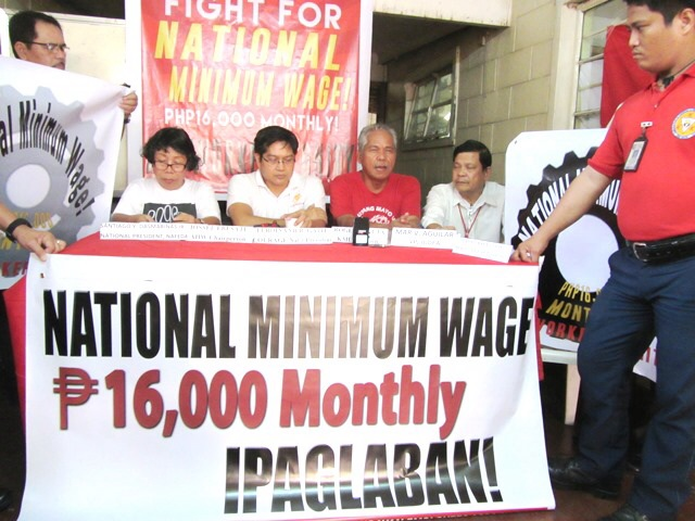Workers call for substantial wage increase (Photo by M. Salamat / Bulatlat.com)