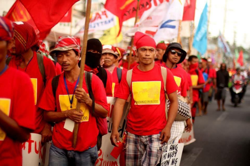 Peasants, indigenous peoples, urban poor join caravan to call for justice (Photo courtesy of Southern Tagalog Exposure)