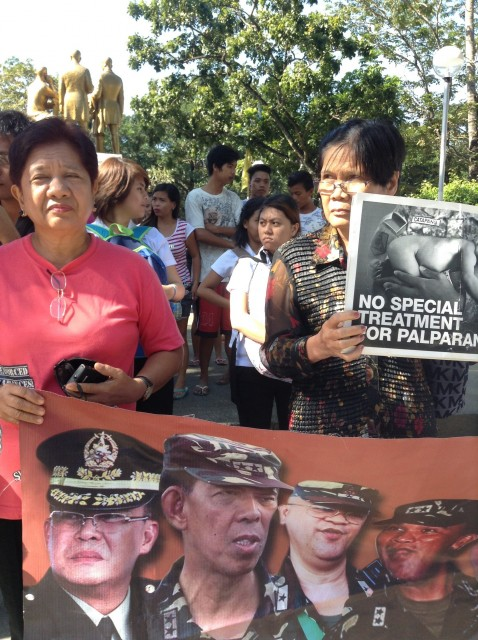 Mothers of the disappeared demand to stop special treatment accorded to Palparan. (Photo by J. Ellao / Bulatlat.com)