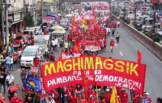 Thousands mark Bonifacio's 151st birth anniversary| 'Aquino government a traitor'