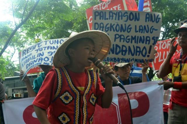 Genasque Enriquez Jr. at the Manilakbayan protest in Makati in November 2014. (Photo courtesy of Kamp Facebook account)