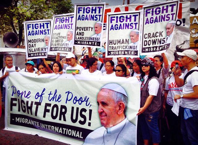 pope-migrants