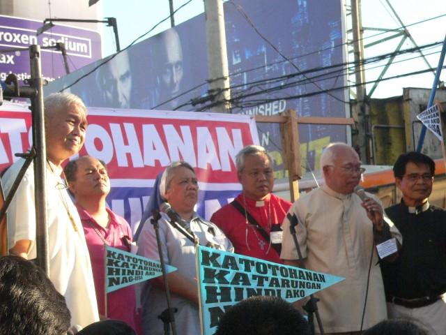 Feb 25 Edsa anib mob church leaders