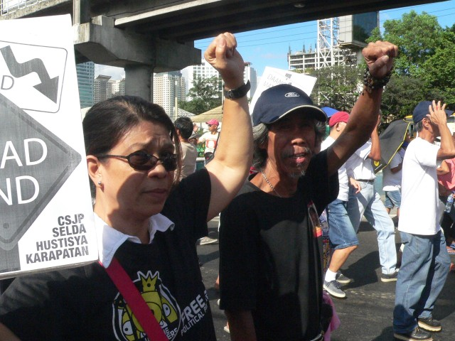 Shirley Pascual and Romeo Ancheta at the 29th commemoration of Edsa People Power 1 (Photo by D. Ayroso)
