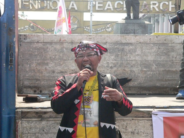 Kalumbay chair Jomorito Goaynon at a protest in Mendiola (Photo by D. Ayroso)