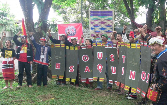 Indigenous peoples leaders at Katribu's fourth national congress call for Pres. Aquino's ouster. (Photo by D. Ayroso)